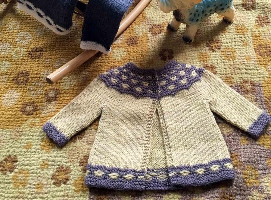 Cardigan Infantil de Crochê