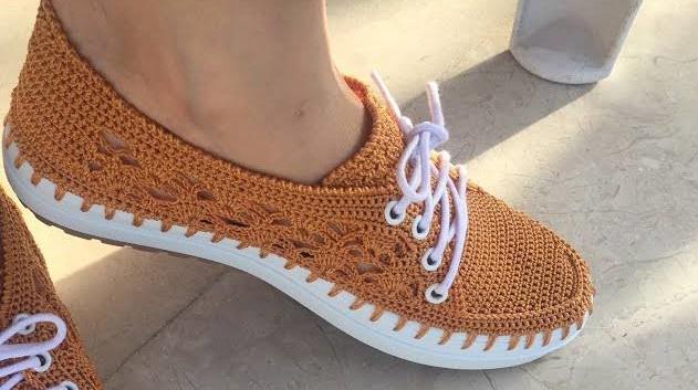Sapato em Crochê Caramelo Feminino