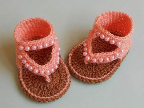 Sandália de Crochê Bebê Pêssego com Pérola