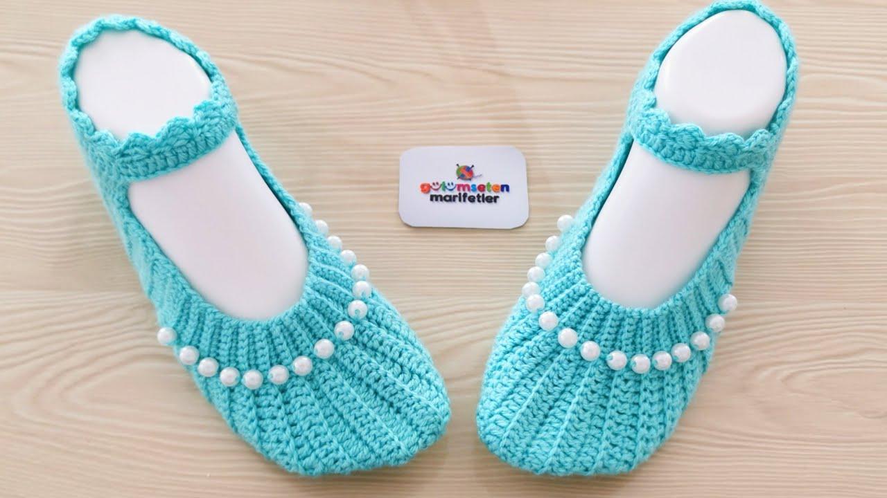 Sandália de Tricô Azul com Pérola