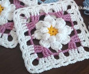 Square de Crochê com Flor Estilos