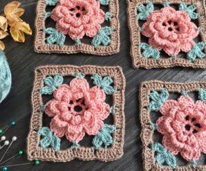 Square de Crochê com Flor Rosa